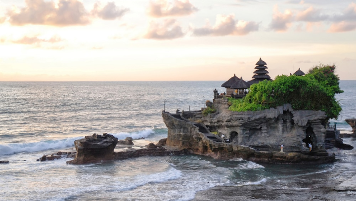 TOP PLACES TO SEE AND THINGS TO DO IN BALI
